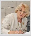 Dr. Várdy Huszár Ágnes