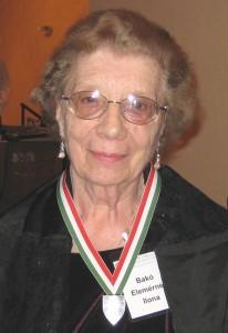 Dr. Bakó Elemérné